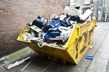 Top reasons to hire a mini skip hire